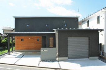 草屋根のつなぐ家 いづみ建設株式会社